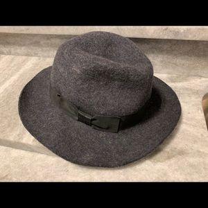 NWOT Hat Attack Felt Winter Hat